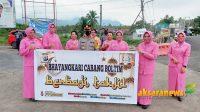Polres Boltim bersama ibu Bhayangkari bagi takjil di Ibu Kota Tutuyan