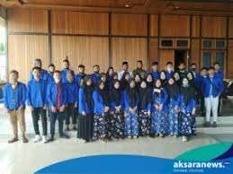 Bupati Sehan Salim Landjar bersama dengan para peserta MTQ Kontingen Boltim